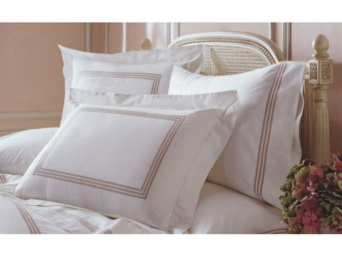 Downright Windsor Collection Duvet Cover with Piping - Natural Linens