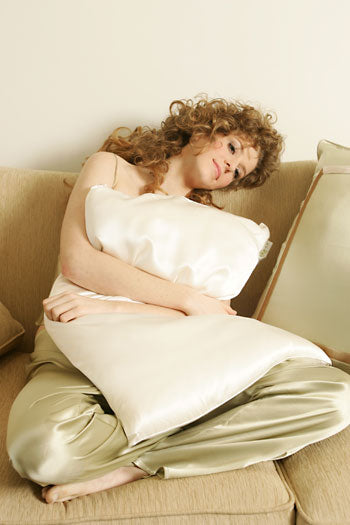 kumi kookoon Silk-Filled Pillows - Natural Linens