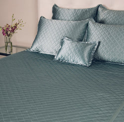 kumi kookoon Quilted Coverlet - Natural Linens