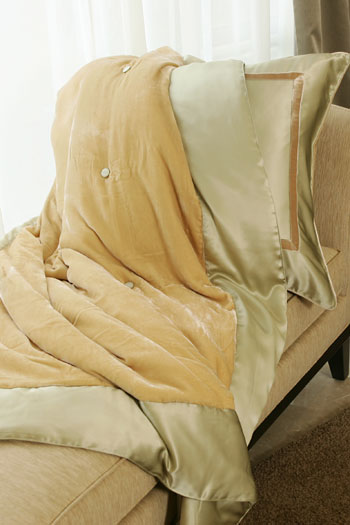 kumi kookoon Silk Velvet Throws - Natural Linens
