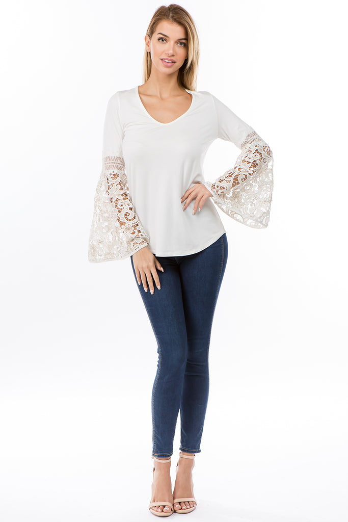 KINSEY BELL SLEEVE TOP(IVORY)- VT2439G