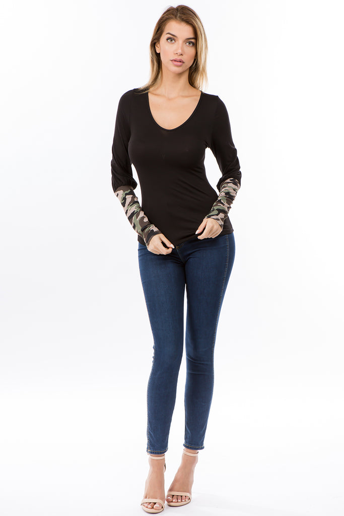 AGNES BUBBLE SLEEVE TOP (BLACK/CAMO)-VT2635