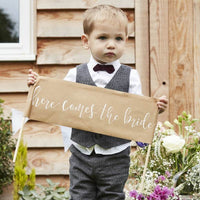 Cute 'Here Comes The Bride' Sign