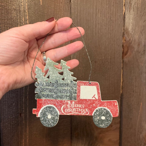 WOODEN CHRISTMAS TREE TRUCK ORNAMENT