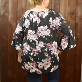BLACK 3/4 SLEEVE FLORAL TOP