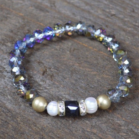 CLEAR CRYSTAL AND PEARL BEADED BRACELET