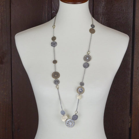DECORATIVE METAL CIRCLES NECKLACE 36""