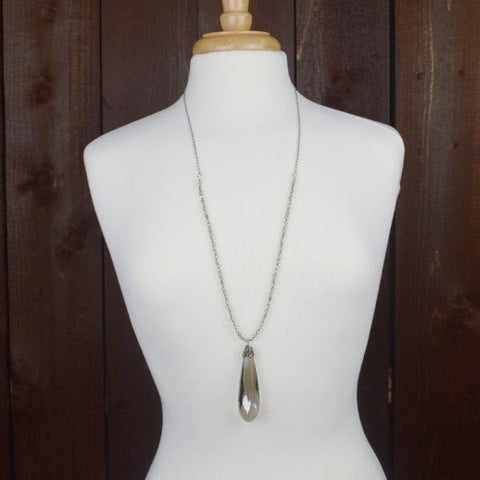 GREY CRYSTAL PENDANT NECKLACE