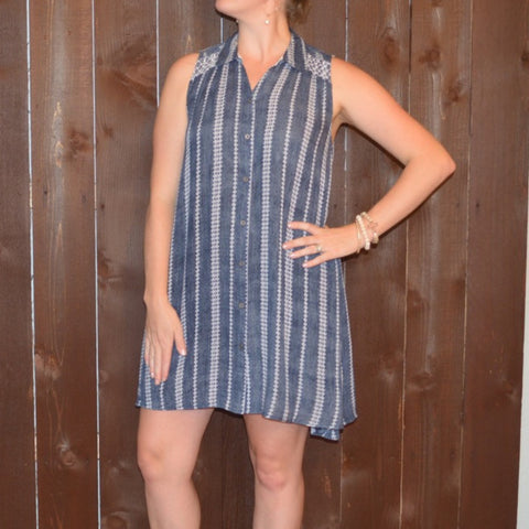 NAVY SLEEVELESS PRINTED BUTTON UP DRESS