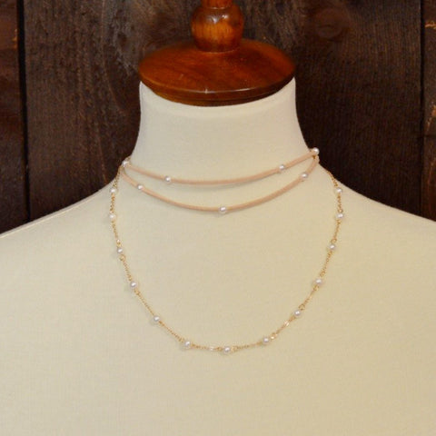 TAN SUEDE STRAND AND PEARL CHOKER NECKLACE