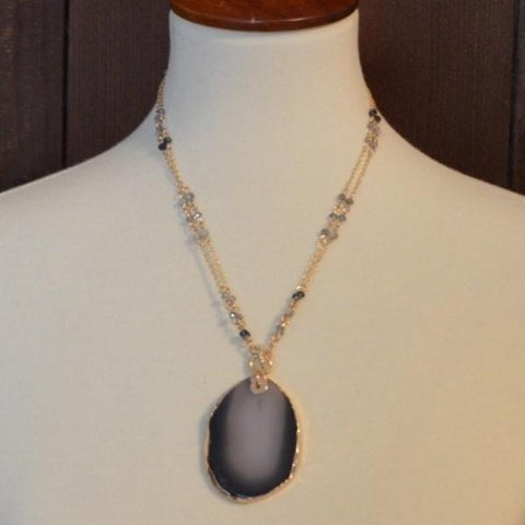 GREY CRYSTAL AGATE STONE ADJUSTABLE NECKLACE