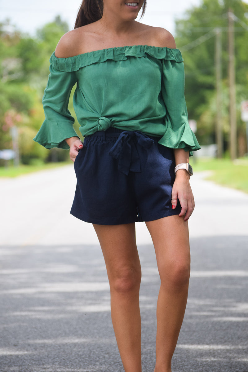 TIED UP LINEN SHORTS