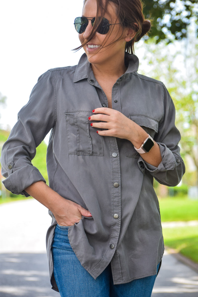 GRAY BUTTON UP