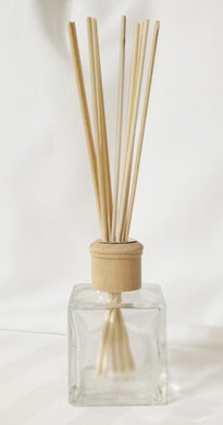 Reed Diffuser Kit - 200 ml Bottle w/10