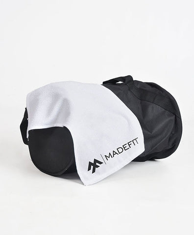 MADEFIT OFFICAL LOGO GYM TOWEL-WHITE