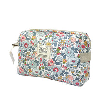 Load image into Gallery viewer, Baby Shower Camila Toiletries Case