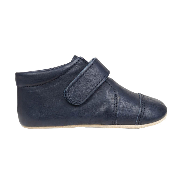 Petit Nord Closed Velcro Shoe