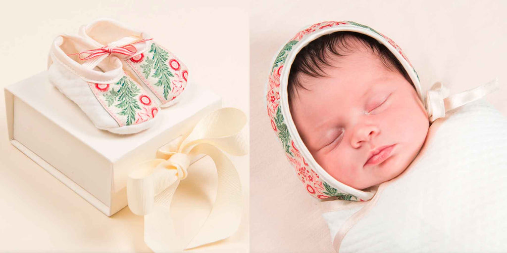 baby Christmas booties and bonnet