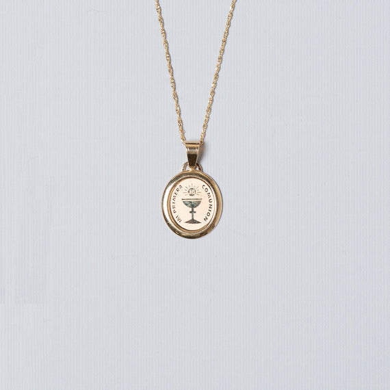 14k Gold Oval Etched Communion Charm With Chain