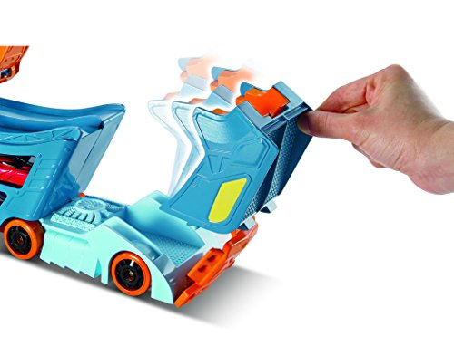 Hot Wheels DWN56 - Stunt and Go Truck - Foldable Truck