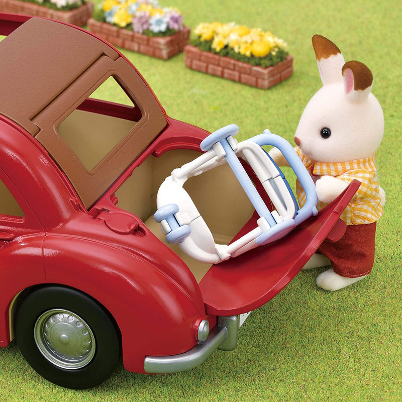 Sylvanian Families 5448 Family Cruising Car setting image