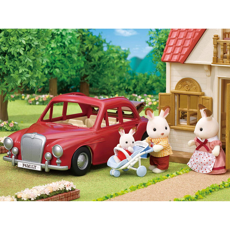 Sylvanian Families 5448 Family Cruising Car with figurines