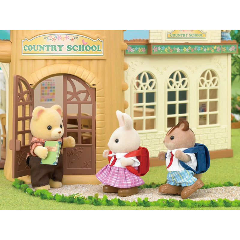 Sylvanian Families  School Friends at country school