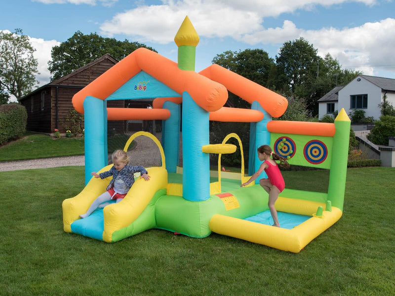 bounce house with kids