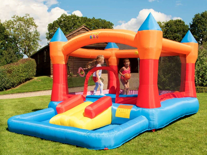 Kids playing on Turret Bouncy Castle