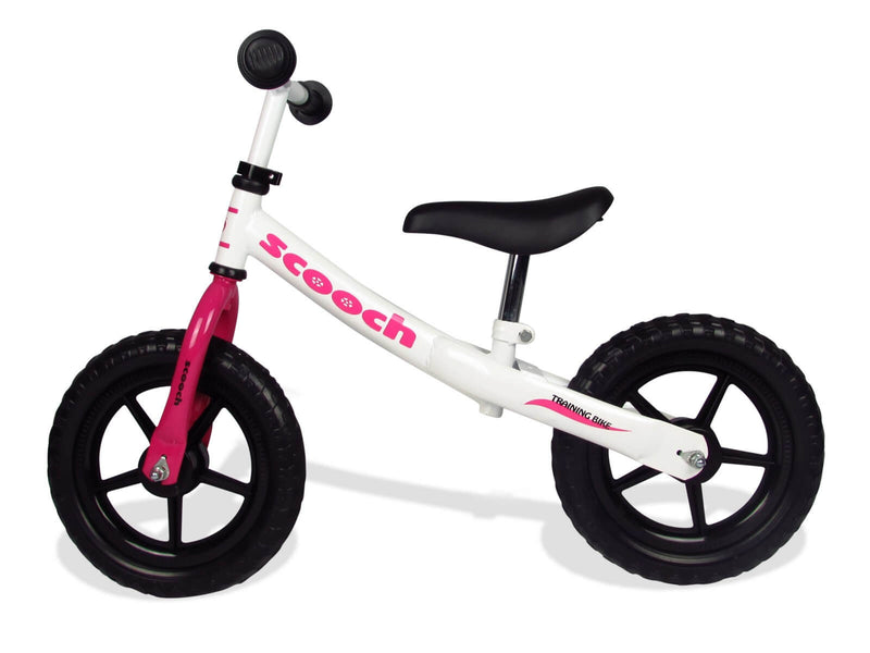 Scooch balance bike with adjustable handlebars