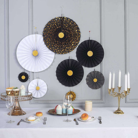 Refined Decorating Ideas in Glittering Gold and Black