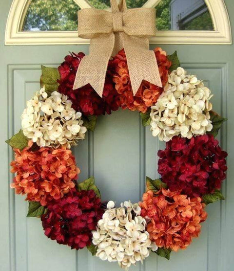 Fall in Love with Wreath Decor Ideas to Celebrate Autumn