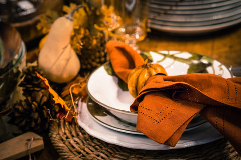 Brighten Up Your Fall Tables With These Fun & Spooky Place Settings!
