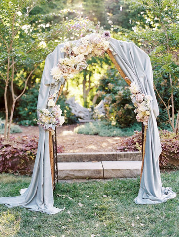 Enchanting Wedding Arch Ideas To Add A Majestic Look To Your Decor