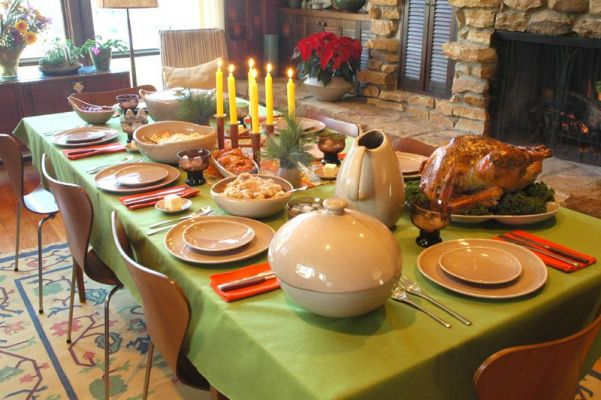 Thanksgiving Table Setting Ideas – tableclothsfactory.com