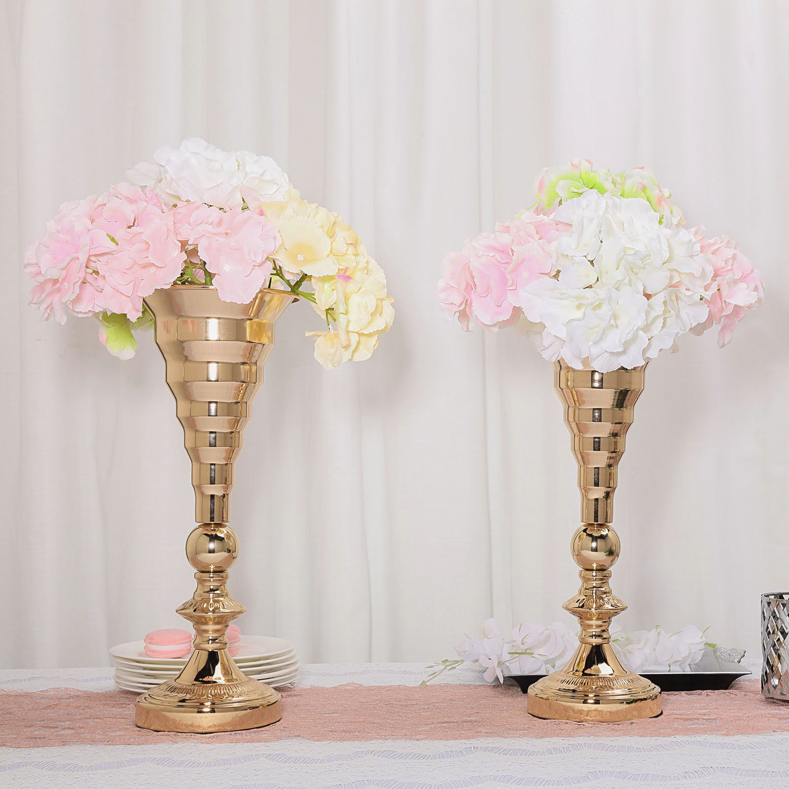 2 Pack 15 5 Tall Gold Trumpet Vase Metal Flower Vase Wedding Centerpieces Tableclothsfactory