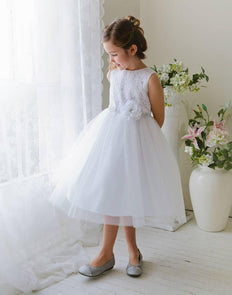 Glamorous and Lace tulle Dress with Flower Accented Belt - White