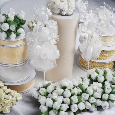 Huge lot of assorted decorations - Ivory