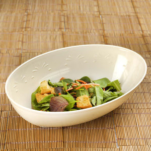 4 Pack 2qt Ivory Chambury Plastic Oval Disposable Serving Bowl