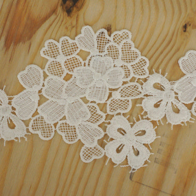 "Lilac Crocheted Heavy Lace Ribbon Trim 4"" x 5yards - White"