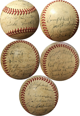 1939 NY Yankees Team signed Reach OAL Baseball- 26 sigs- Joe DiMaggio, Lefty Gomez, Billy Dickey, Joe McCartney- Beckett Holo