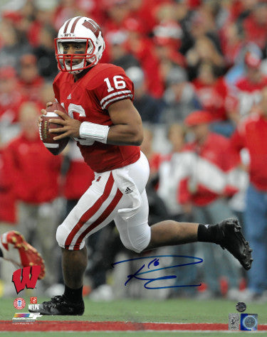 Russell Wilson signed Wisconsin Badgers 16X20 Photo #16- Wilson Hologram PSM-Powers Sports Memorabilia