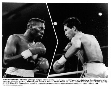 Julio Cesar Chavez vs Roger Mayweather unsigned HBO Promotional Fight B&W 8x10 Photo (May 13, 1989) PSM-Powers Sports Memorabilia