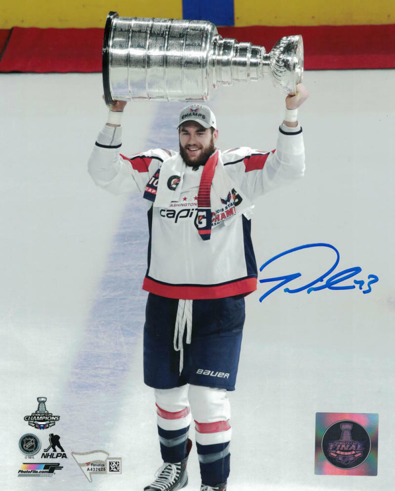 Tom Wilson Autographed Washington Capitals 8x10 Photo FANá PSM-Powers Sports Memorabilia