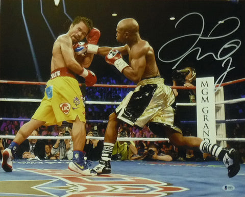 Floyd Mayweather Autographed 16x20 Photo vs Pacquiao BEC PSM-Powers Sports Memorabilia