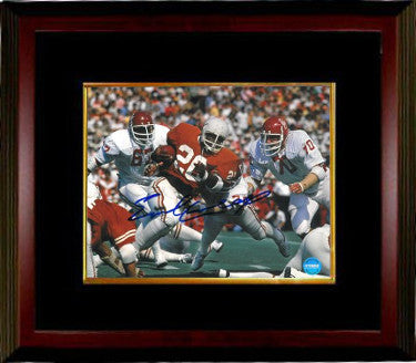 Earl Campbell signed Texas Longhorns 8x10 Photo Custom Framing (Heisman) PSM-Powers Sports Memorabilia