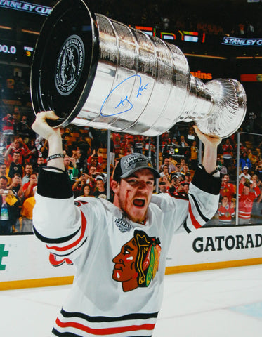 Andrew Shaw Signed Blackhawks 2013 Stanley Cup Trophy Bloody Face 16x20 Photo