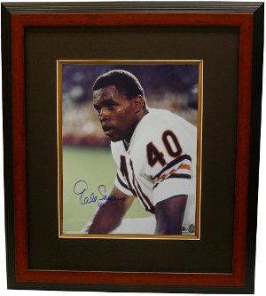 Gale Sayers signed Chicago Bears 16x20 Photo Custom Framing - Sayers Hologram PSM-Powers Sports Memorabilia