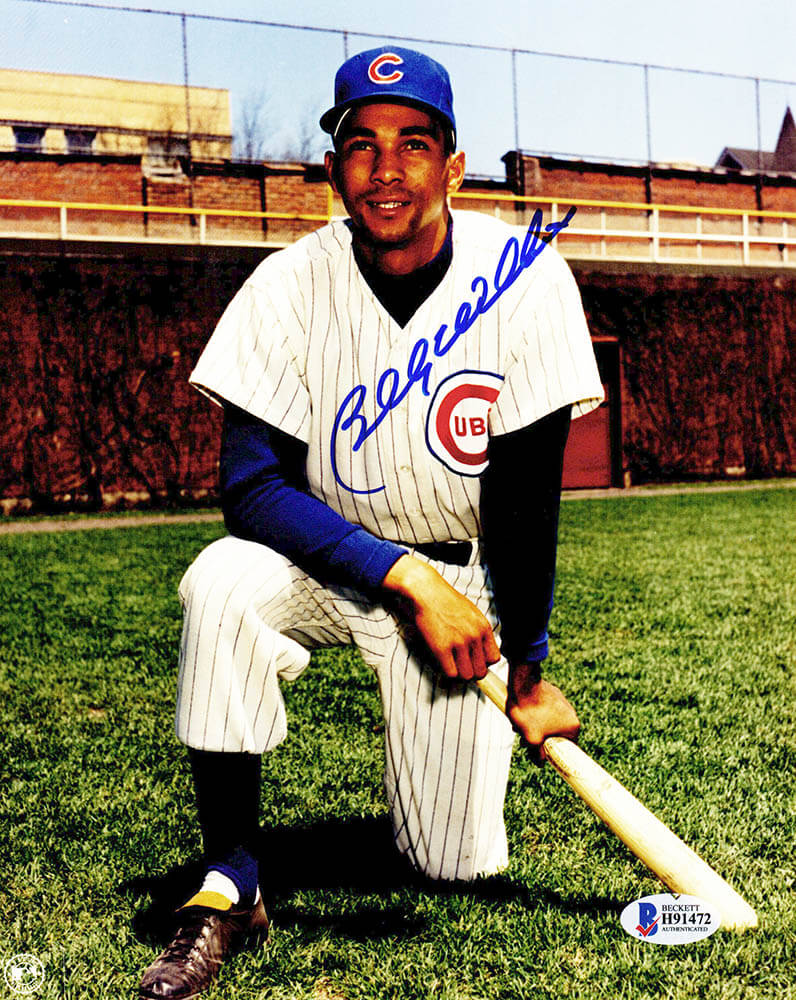 Billy Williams Signed Chicago Cubs Kneeling With Bat Pose 8x10 Photo (Beckett) PSM-Powers Sports Memorabilia