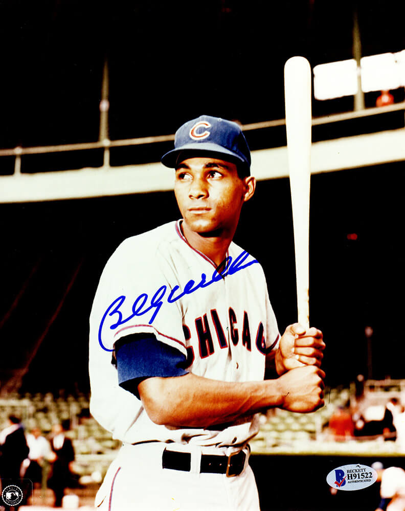 Billy Williams Signed Chicago Cubs Batting Stance Pose Close Up 8x10 Photo (Beckett) PSM